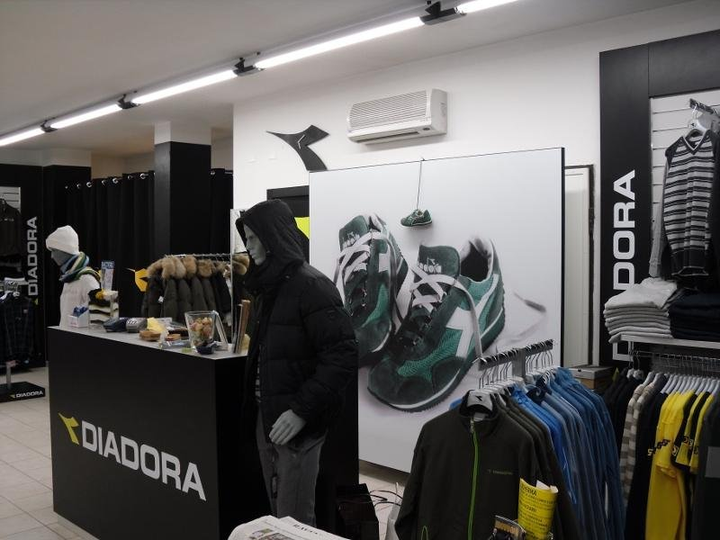 283ccdc85673b Diadora Store Ravenna Ponti Tende Ravenna